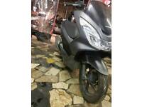 scooter pcx 125