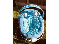2 x baby bouncer (like new)