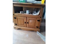 Corona corner TV unit - Mexican pine finish