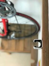 Vertical 'Clug' Bike Mount - Black