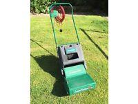Qualcast Lawn Raker RE30 electric lawn scarifier