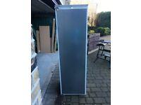 Neff integral larder fridge very clean & in good working order - Free