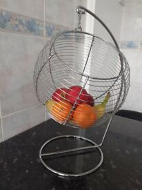 NEW USEFUL HANGING METAL FRUIT STORAGE BASKET