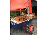 Mirror dinghy sailing boat