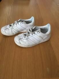 Kids Child's Adidas Gazelles White Size 10K