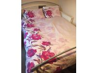 King size bed, perfect condition, 70 pounds. collect. Brighton centre