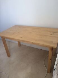 Wooden dining table £10!!