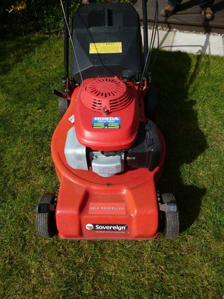 Self Propelled lawn mower with Honda GCV160 5.5 Engine on Sovereign base  and Instruction manual