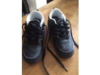Wheelie trainers black