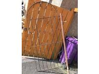 METAL GATE 32inchs wide by 6ft height £50