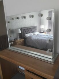 Large holywood mirror in excellent condition