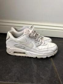 Nike air-max trainers shoes size 5