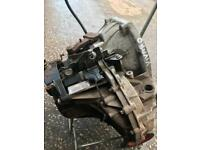 Renault traffic 2.0 115 dci 6 speed gearbox