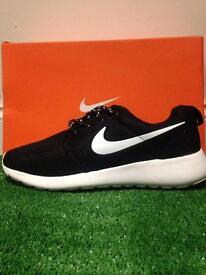 Brand new Nike size 9.5 uk