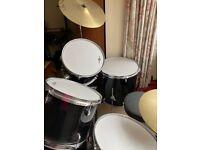 Drum kit Gear4Music