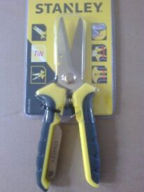 BRAND NEW - Stanley TiN universal cutters / shears / snips hand tools