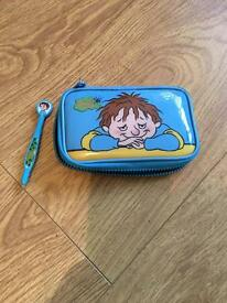 Nintendo DSi Carry Case and pen