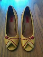 Miz Mooz yellow and red heels/ talons jaune et rouge