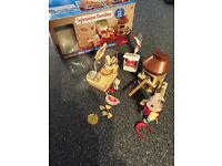 Sylvanian Families Pizza Parlour with Delivery Driver