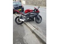 Yamaha yzf 125 like brand new