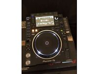 Pioneer CDJ-2000nxs2 (excellent as new condition)