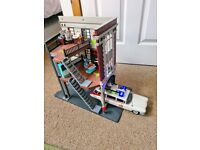 Playmobil Ghostbusters Firehouse Headquarters and Ecto 1 car