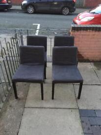 Lovely 4 dining chairs in good condition