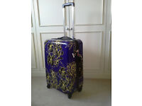 Tripp Hard Shell 4 wheel suitcase med. 62 litre used once 3 year guarantee left