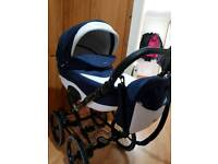 Pram/Travel system 3 in 1