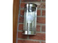 A WICKES STAINLESS STEEL EXTERNAL/PORCH LIGHT