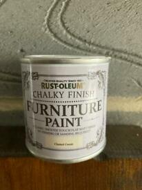 Rust-Oleum Chalky finish furniture paint tester pot in clotted cream