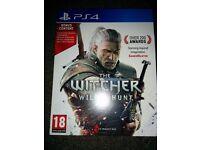 PS4 game witcher 3 wild hunt with bonus content