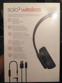 Sealed Beats solo 3 wireless