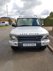 Land Rover Discovery 2003.