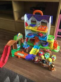 Vtech toot toot friends discovery house.