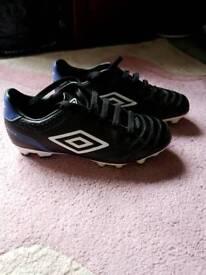 Children's umbro football boots size 13
