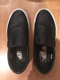 VANS Black Leather Slip-On Shoes - Womens UK 6 PRICE NEGIOTABLE