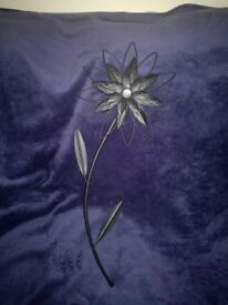 Black flower wall decoration