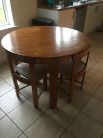 Dining table/ breakfast table