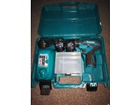Makita HP330D Combi Drill with X2 10.8v Lithium Ion Batteries