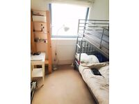 Fully furnished Room to rent in very cosy and modern flat
