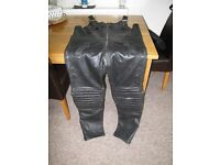 JTS size 44 Leather motorbike Bib and Braces trousers