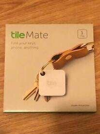 Brand new Tile Mate Bluetooth item keys pet finder