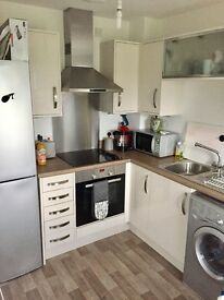 2 Bed House To Rent - Foxglove Crescent