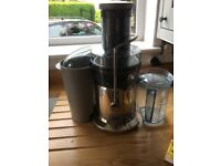 Reduced Price! Sage Juicer and 2 Jason vale juice books (original purchase price £185.00 inc books)