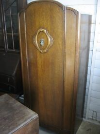 VINTAGE ORNATE SHORT WARDROBE. CENTRAL DOOR. HANGING RAIL & SHELVES. VIEWING/DELIVERY POSSIBLE
