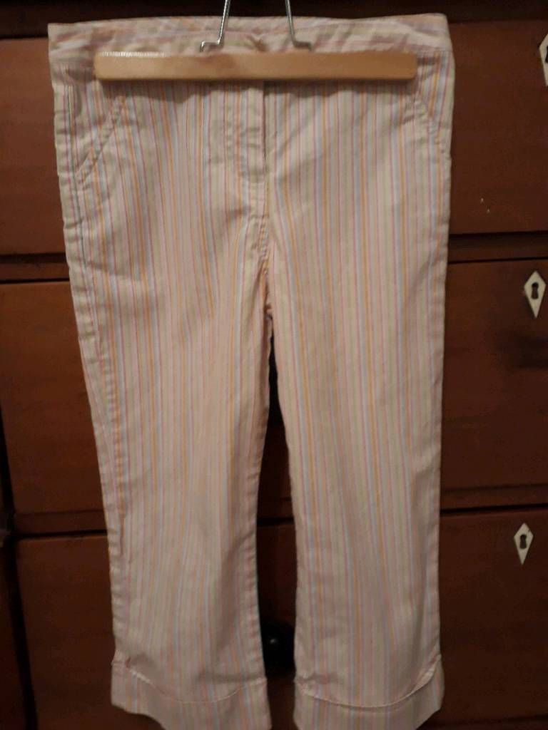 Candy striped 97% cotton 3% elastane girls cropped trousers
