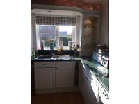 MAGNET KITCHEN AND SOLID GRANITE WORKTOP FOR SALE