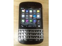 Blackberry Q10 (very good condition) + rubber case