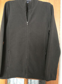 Ladies outdoor fleece. Size 16. Black. Casual Club, Debenhams. Fitted style.